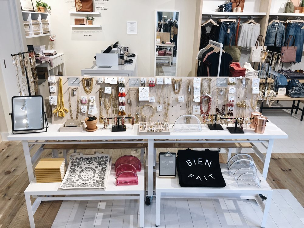 Madewell: 7601 Windrose Ave, Plano, TX