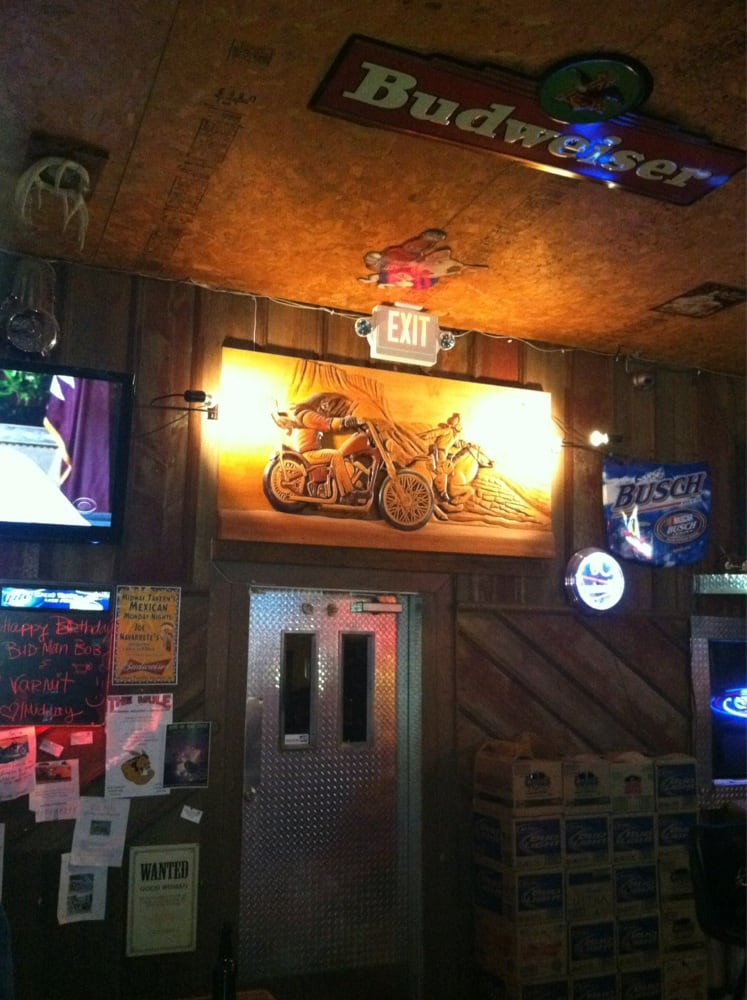Midway Tavern: 206 1st St, Soldier, IA