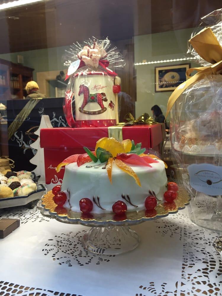 Photos for i dolci di nonna vincenza yelp for Dolci tipici di roma