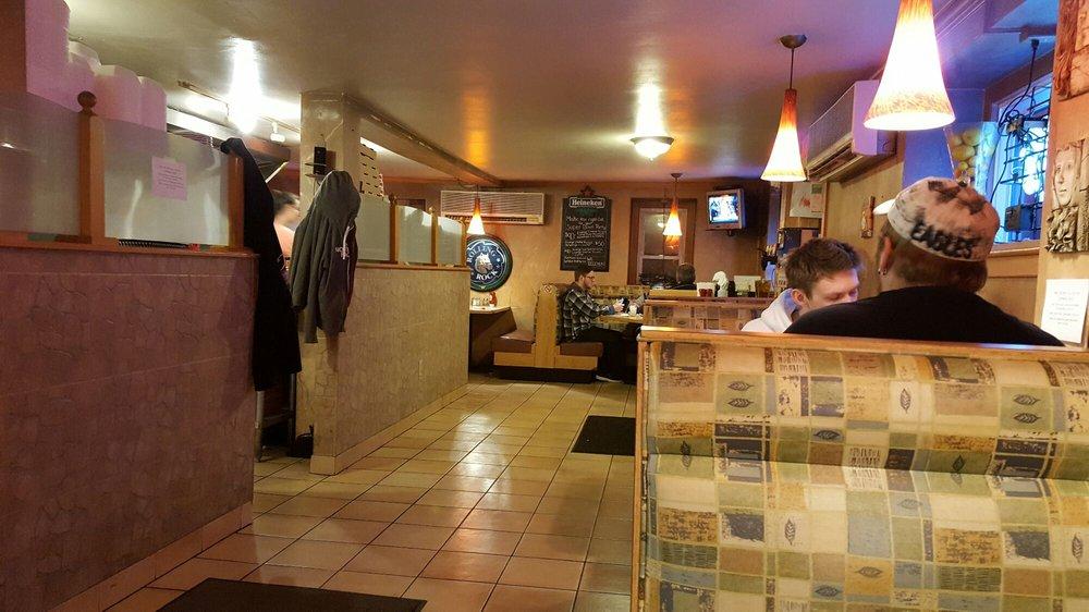 Olivia's Italian Eatery: 3674 Pricetown Rd, Fleetwood, PA