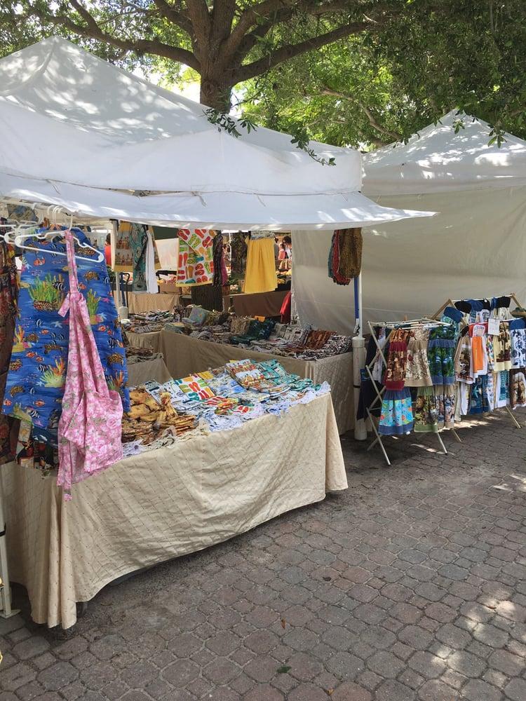 Dunedin Downtown Market: 420 Main St, Dunedin, FL