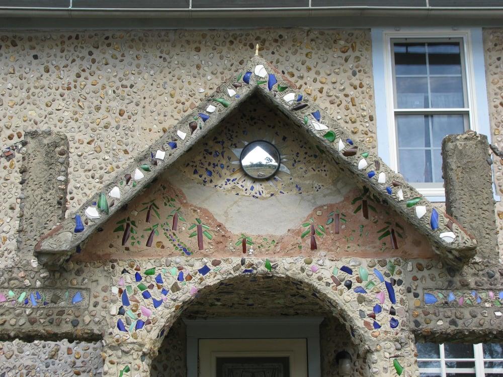 Nick Engelbert's Grandview: 7531 State Hwy 39, Hollandale, WI