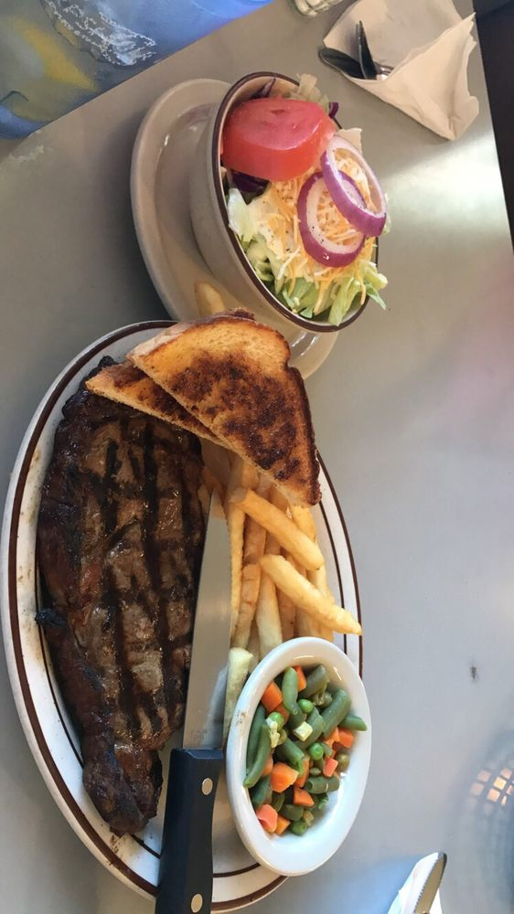 Ranch House Cafe: 111 W Park Ave, Ash Fork, AZ