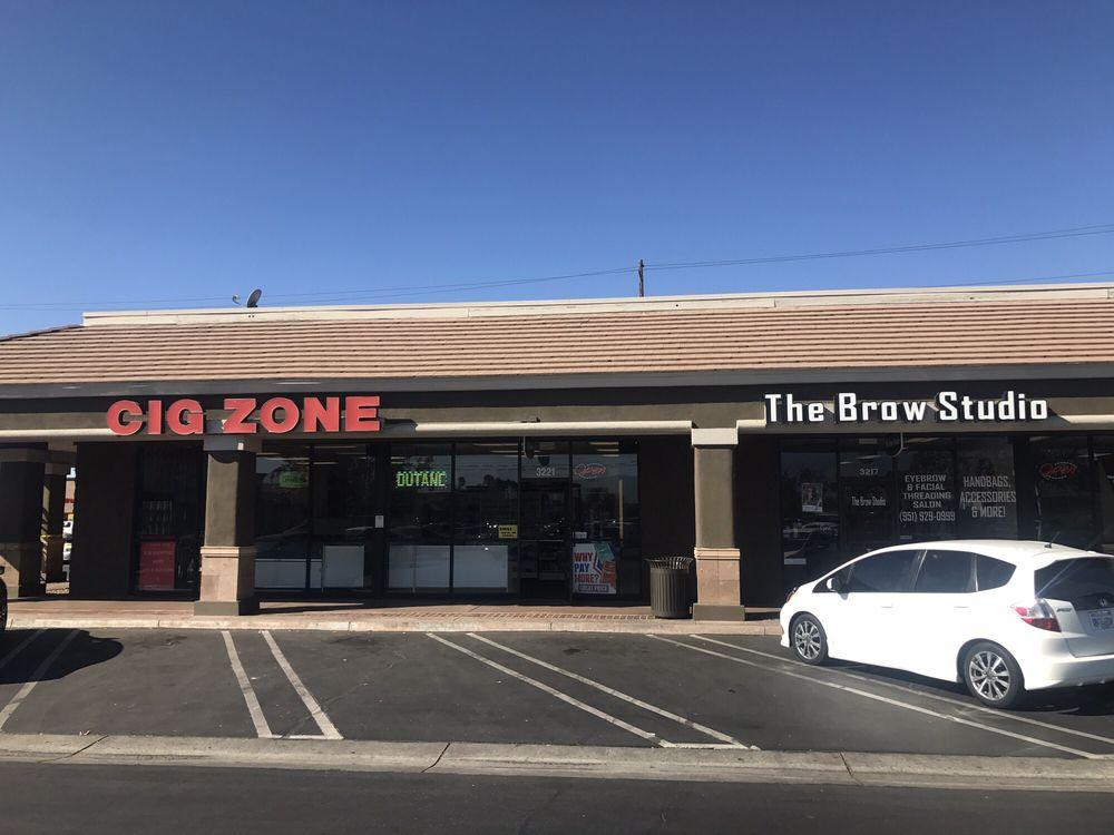 Cig Zone: 3209 W Florida Ave, Hemet, CA