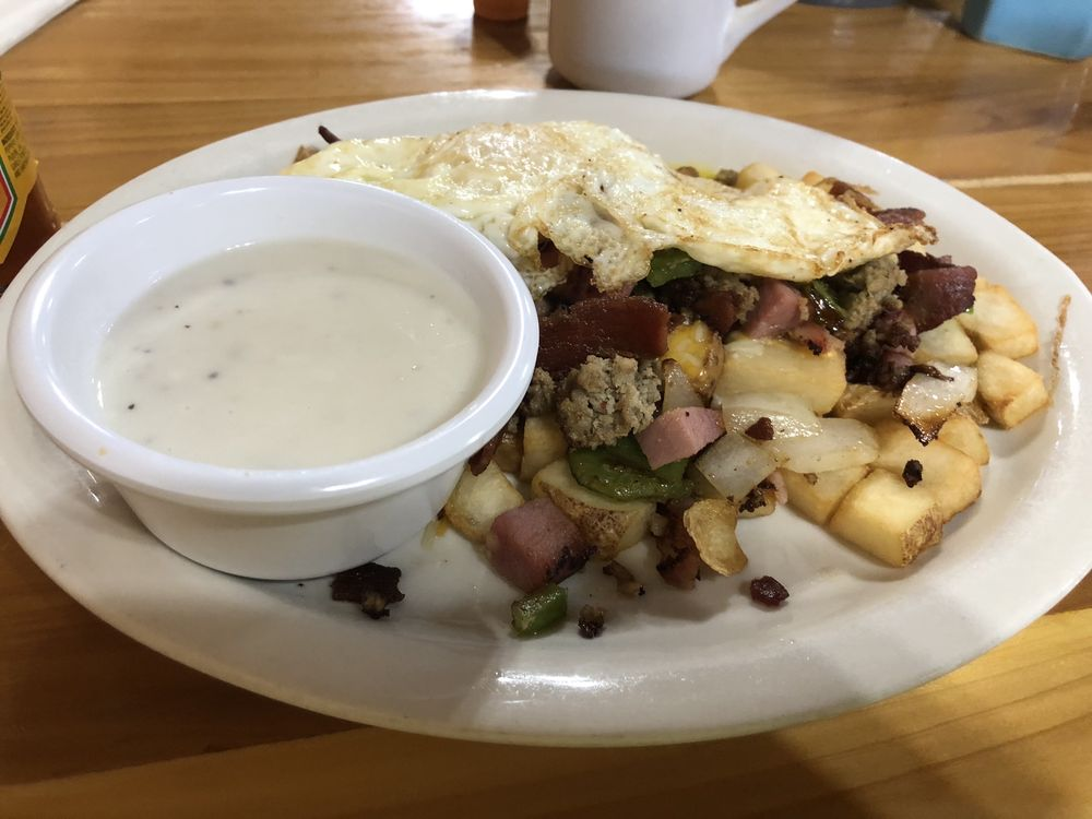 Main Street Diner: 71 S Main St, Soda Springs, ID