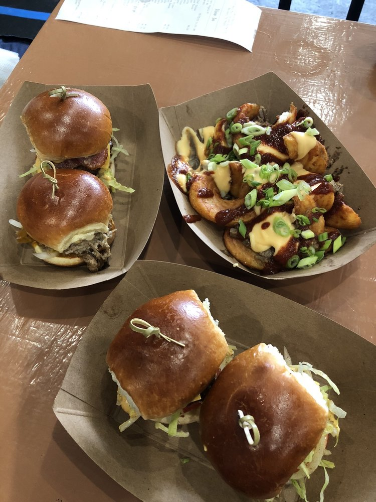 Sliders: 507 W Main St, Denison, TX