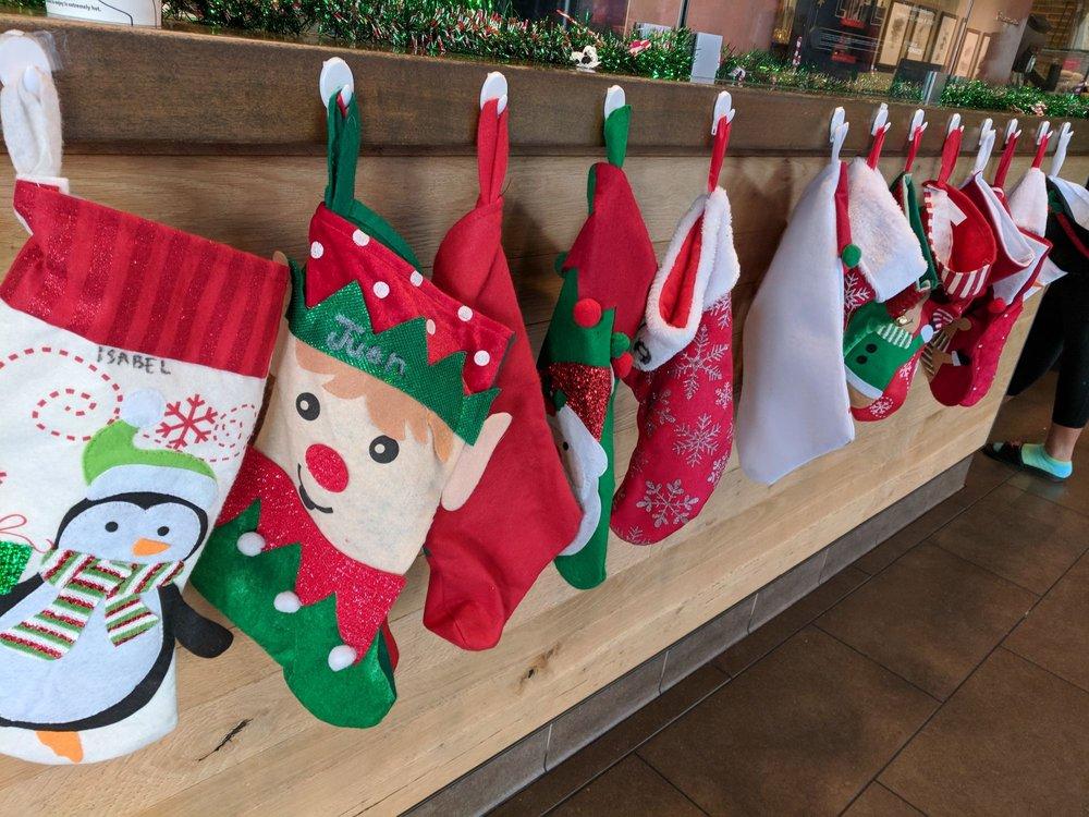 Nice Xmas decorations - Yelp