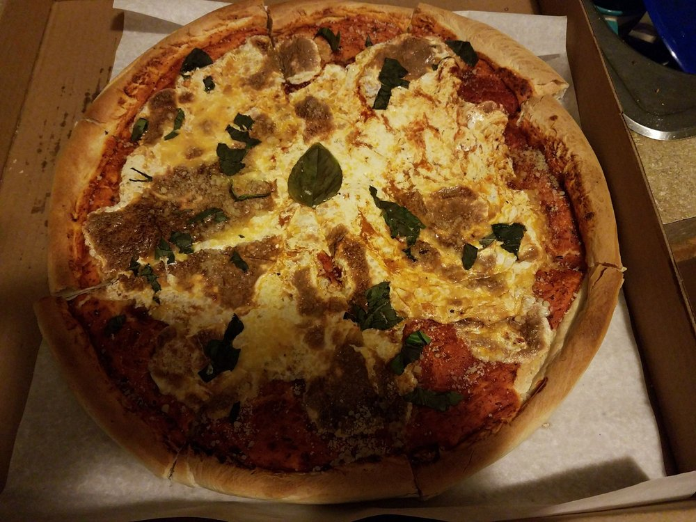 Pizza Works proudly serves high quality food with fresh ingredients to West Haven and surrounding area since We have delivery, dine-in, take-out, catering and on-line ordering services. We deliver to entire West Haven, parts of New Haven & Orange.