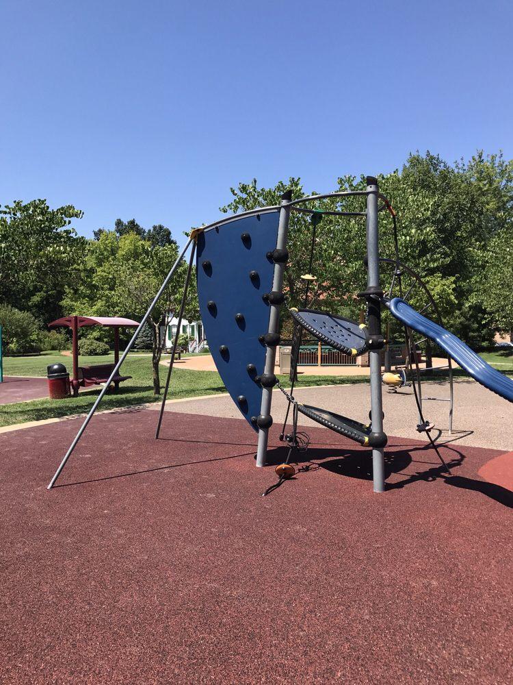 Millenium Park: 2 Barnes W Dr, Creve Coeur, MO
