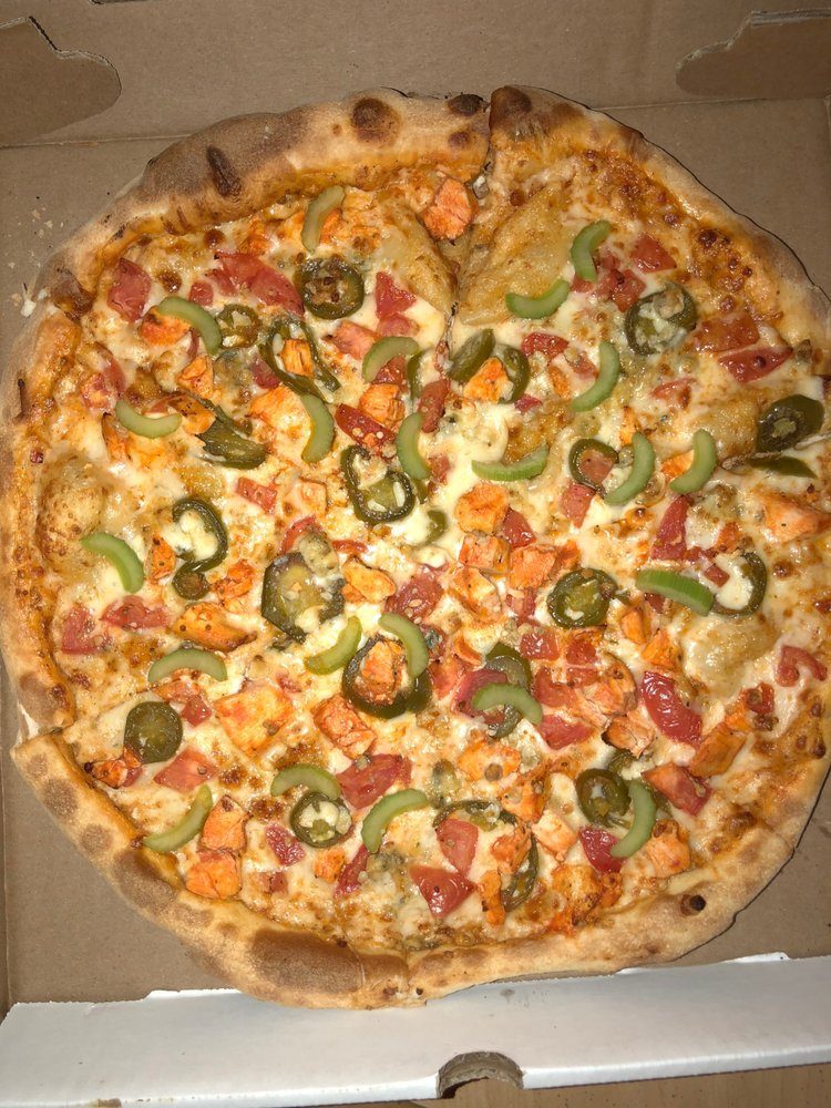Shenandoah Pizza & Tap House: 19 E Beverley St, Staunton, VA