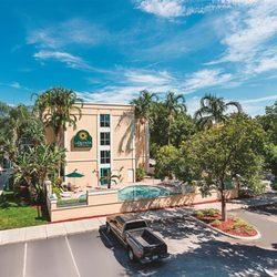 Photo Of La Quinta Inn Suites Plantation At Sw 6th St Fl