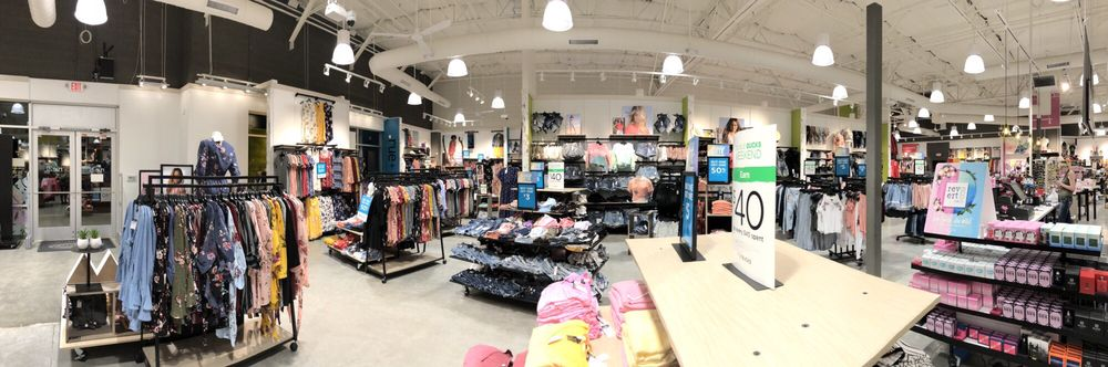 Rue 21: 5613 E State Rt 69, Prescott Valley, AZ