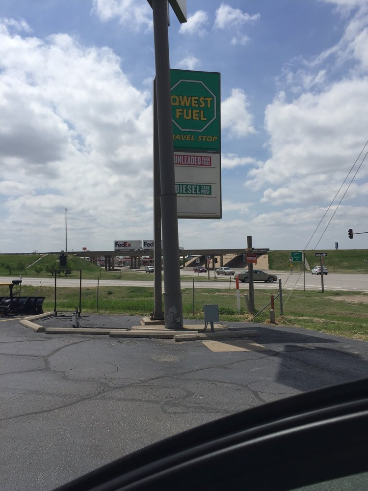 Qwest Fuel Travel Stop: 1001 41st St, Hays, KS