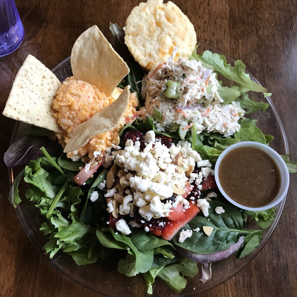 Noon Spoon Cafe: 610 Broadway St, Marble Falls, TX