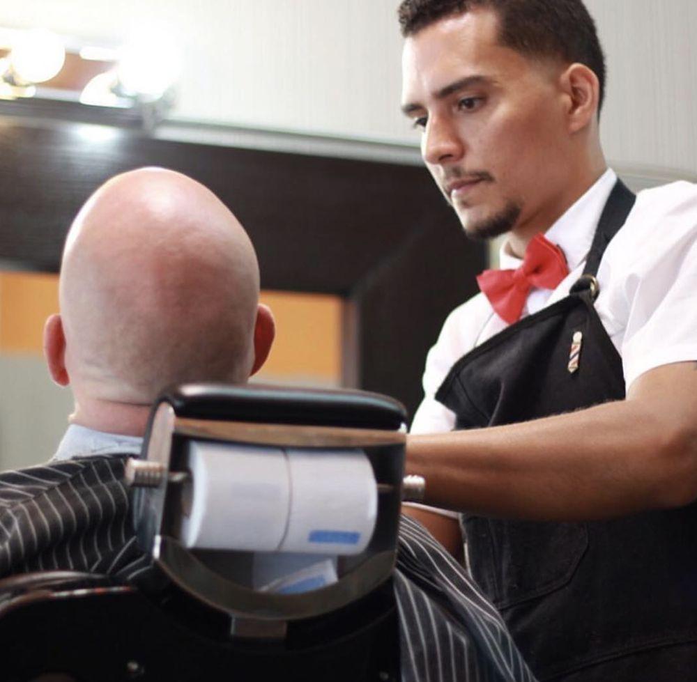 Classic Man Cuts: 1520 Edgewater Dr, Orlando, FL