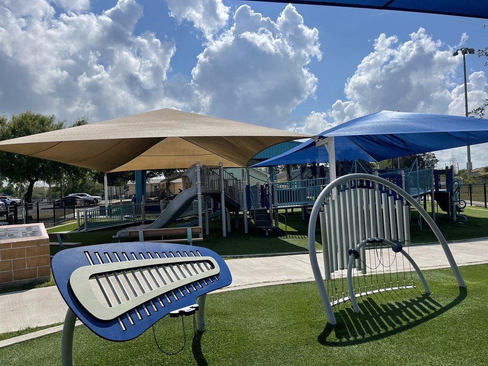 La Esperanza Park: 2100 Avenida Gregory, Brownsville, TX