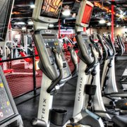 Planet Fitness - 13 Photos & 18 Reviews - Gyms - 5700 N Mesa