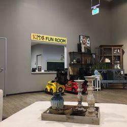 Ordinaire Living Spaces   139 Photos U0026 422 Reviews   Furniture Stores ...