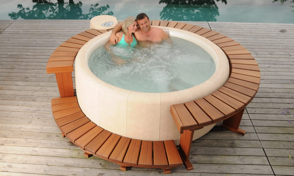 Softub cz pool hot tub service lipov n m 1019 10 - Soft tube whirlpool ...