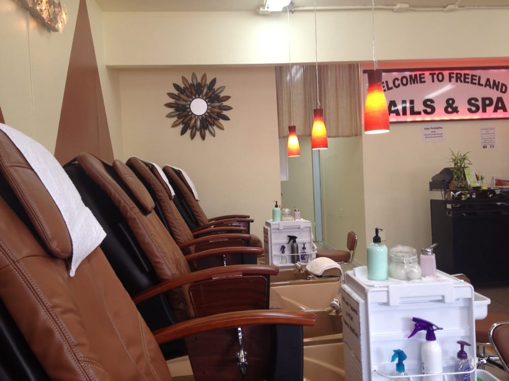 Freeland Nails & Spa: 5565 Vanbarr Pl, Freeland, WA
