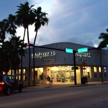 Walgreens - 14 Photos & 17 Reviews - Drugstores - 6700 Collins Ave ...