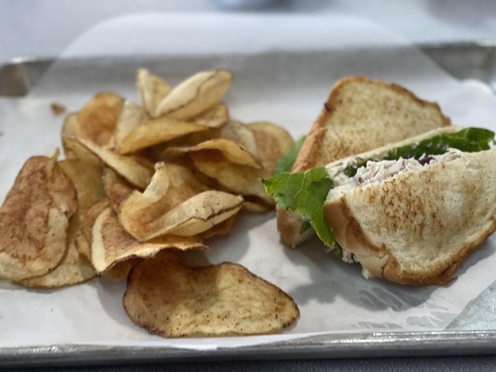 1836 Cafe: 509 N Pecan St, Bells, TX
