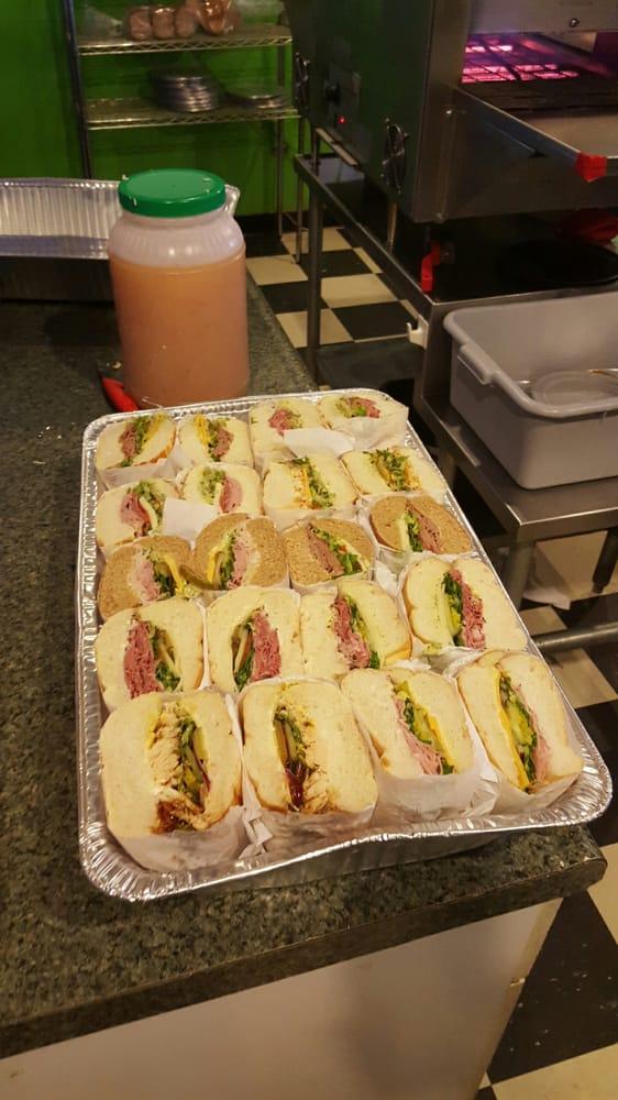 The Best Little Sandwich Shop: 9481 Deschutes Rd, Palo Cedro, CA