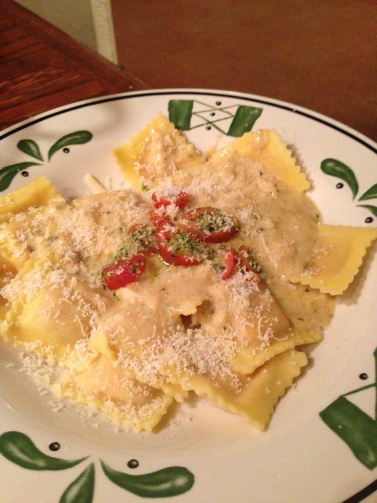 Three Cheese Pomodoro Ravioli Yelp