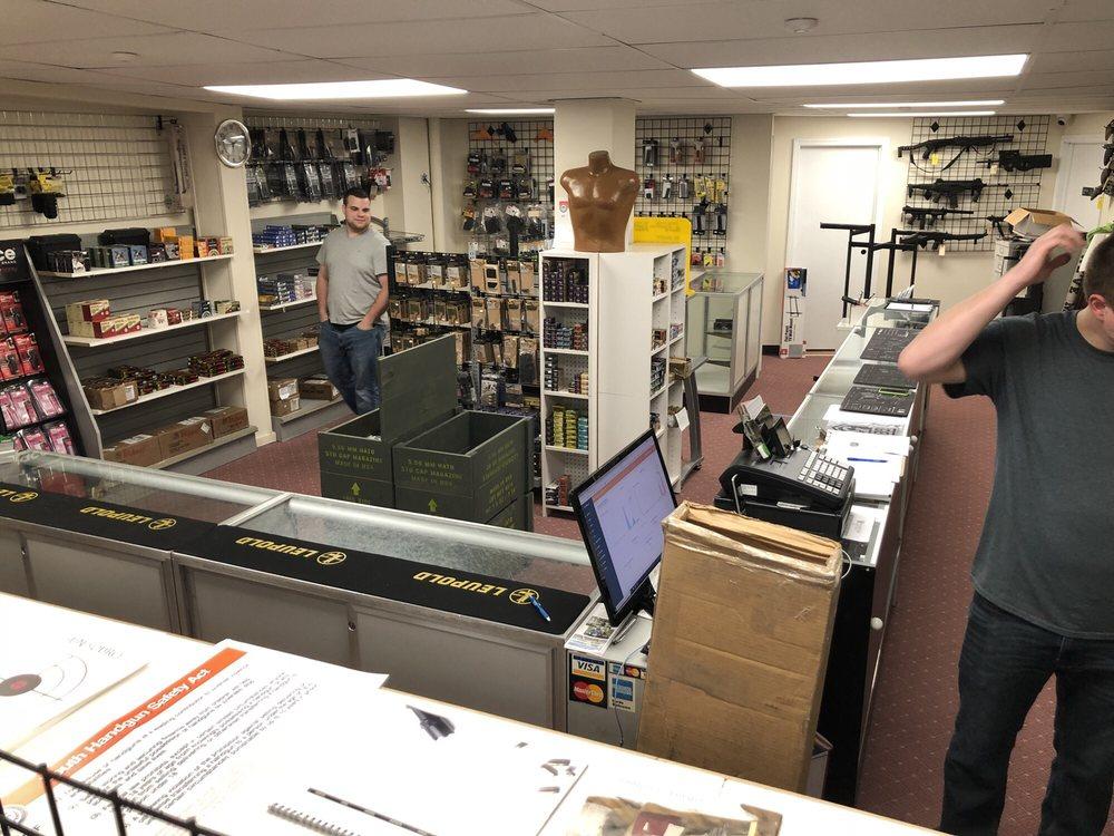 Long Island Gun Source: 2291 Route 112, Medford, NY