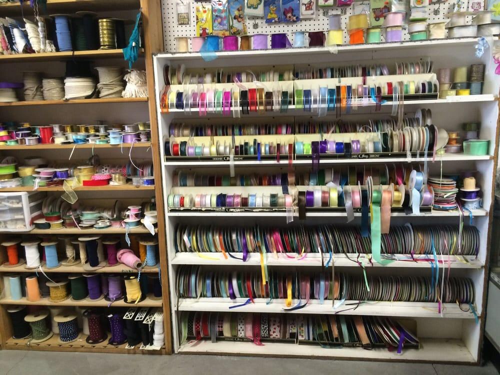 Fabric Telas Novedades: 4456 Firestone Blvd, South Gate, CA