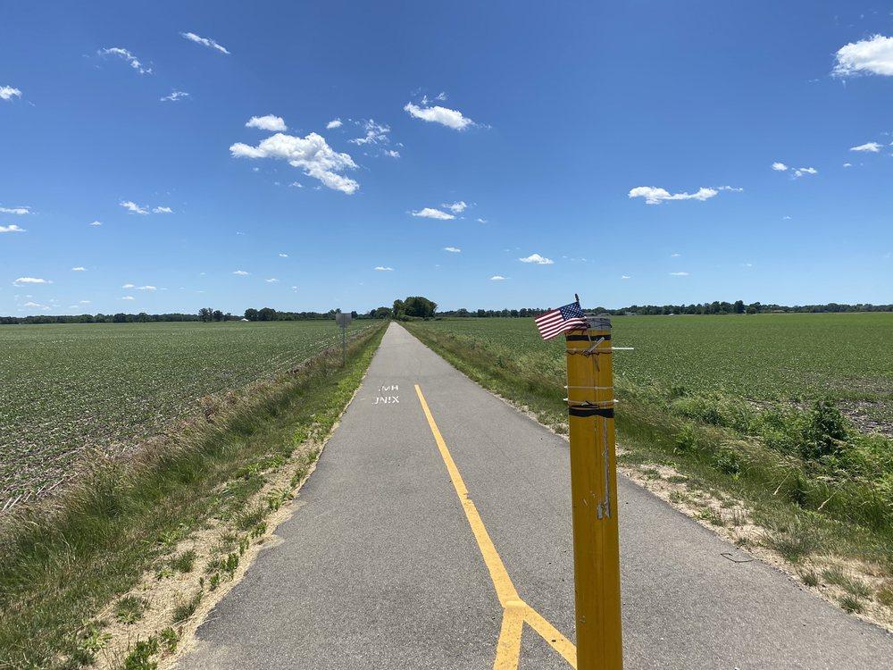 Sangamon Valley Trail: 5529 Bunker Hill Rd, Springfield, IL