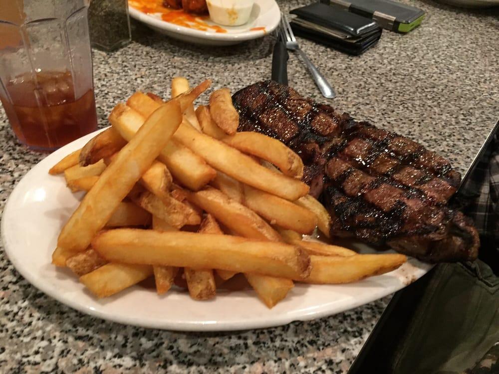 Plum Creek Restaurant: 121 W Court St, Beloit, KS
