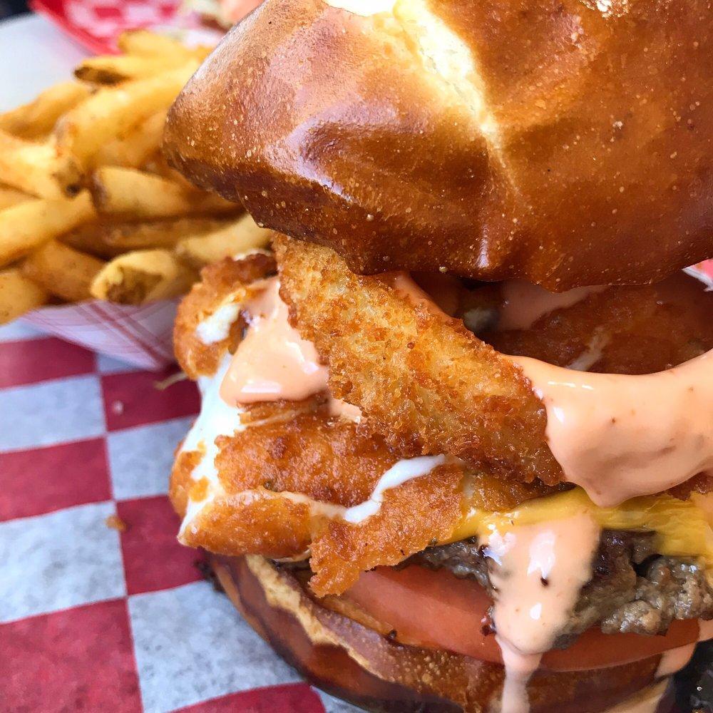 Zo's Good Burger - Dearborn: 14311 Michigan Ave, Dearborn, MI