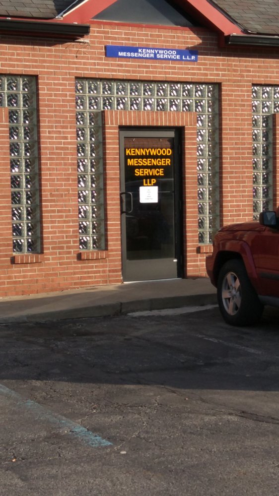 Kennywood Messenger Service: 600 E Pittsburgh McKeesport Blvd, North Versailles, PA