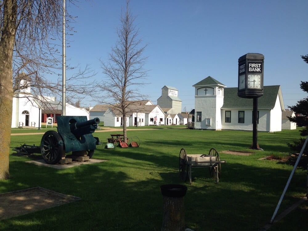 Pioneer Village: 1600 Stower Dr, Worthington, MN