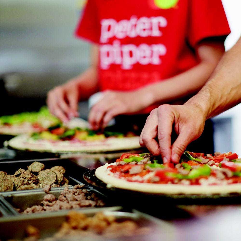 Peter Piper Pizza: 4526 E Highway 83, Rio Grande City, TX