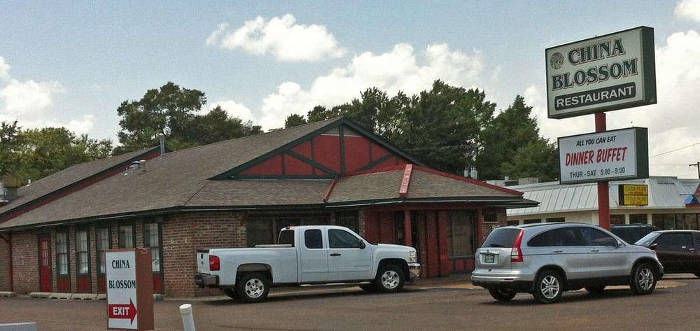 China Blossom Restaurant: 917 Highway 82 W, Greenwood, MS