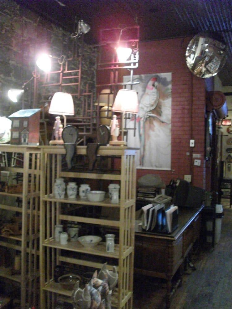 Les artisans du meuble qu b cois arts crafts 88 rue for Artisan du meuble