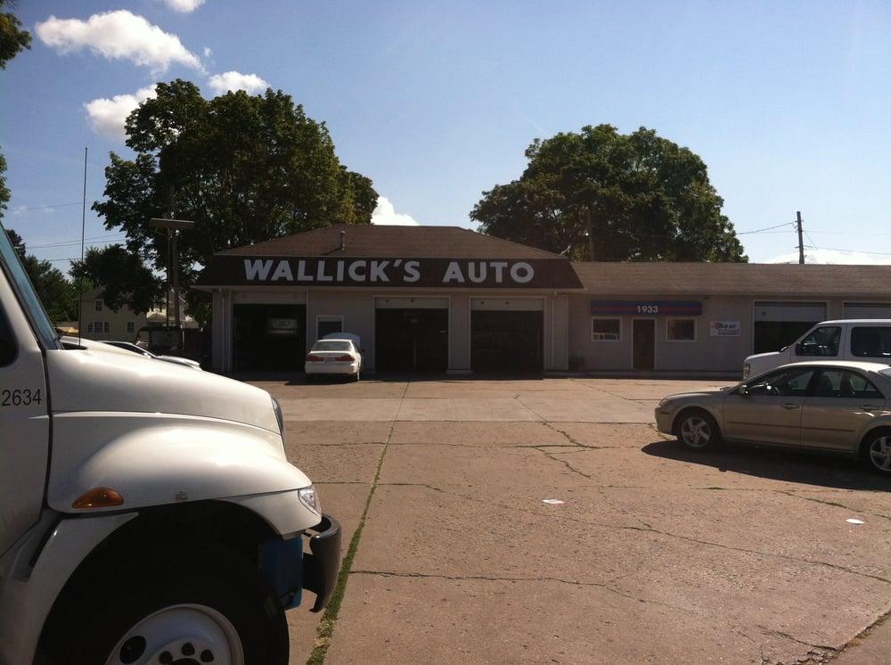 Wallick's Auto Service: 1933 Hickory Grove Rd, Davenport, IA
