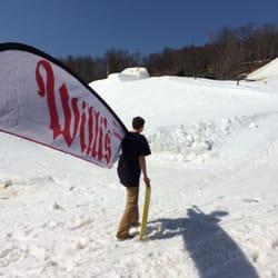 1421d924689c Top 10 Best Ski   Snowboard Shops near Greensburg