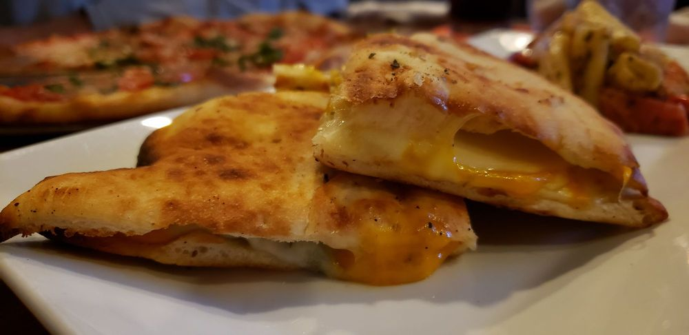 Bar Local Pub & Pizzeria: 19 Market St, Wilmington, NC