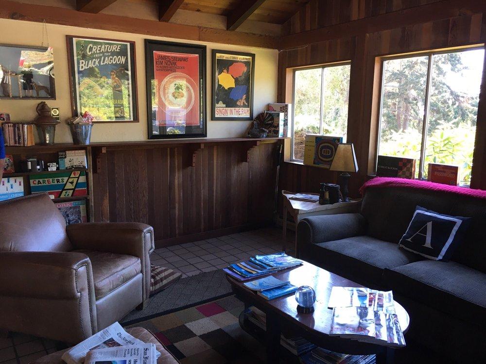 The Andiron Seaside Inn & Cabins: 6051 N Hwy 1, Mendocino, CA