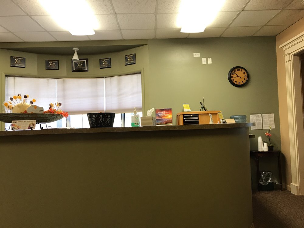 Reese Family Dentistry: 301 S College St, Mountain Home, AR