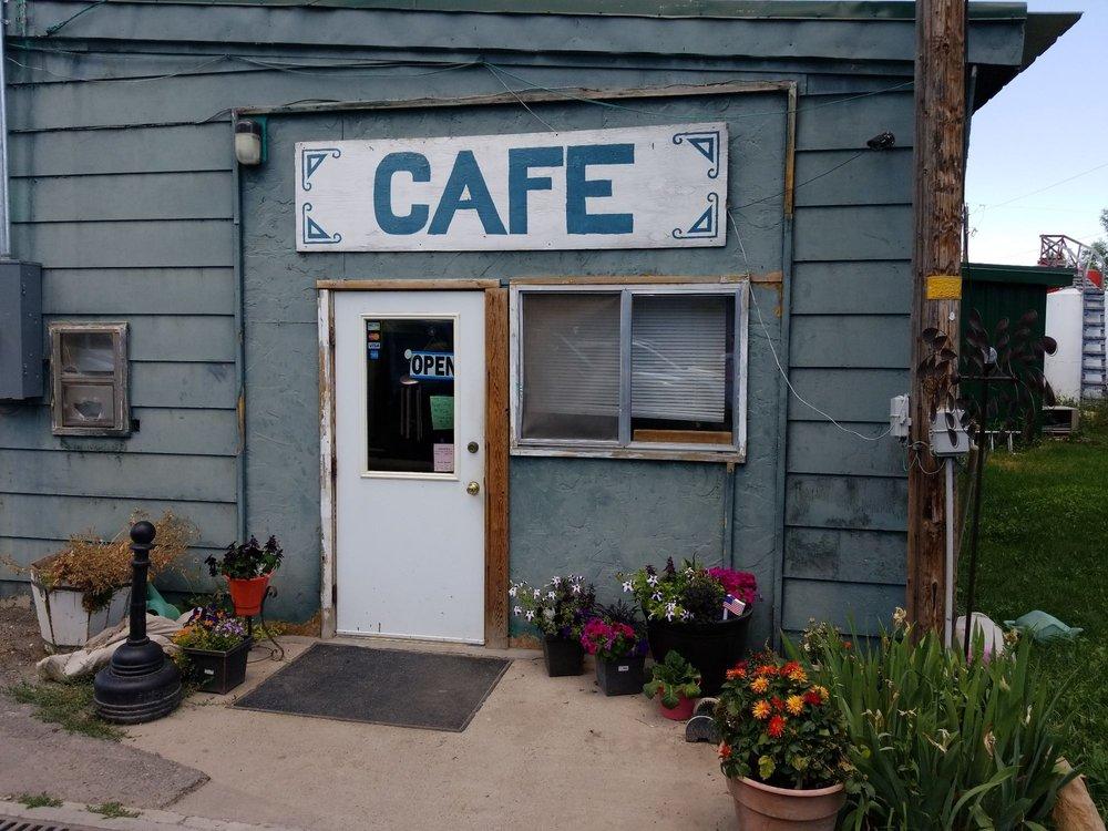 Minnetonka Market & Cafe: 194 N Main St, Saint Charles, ID