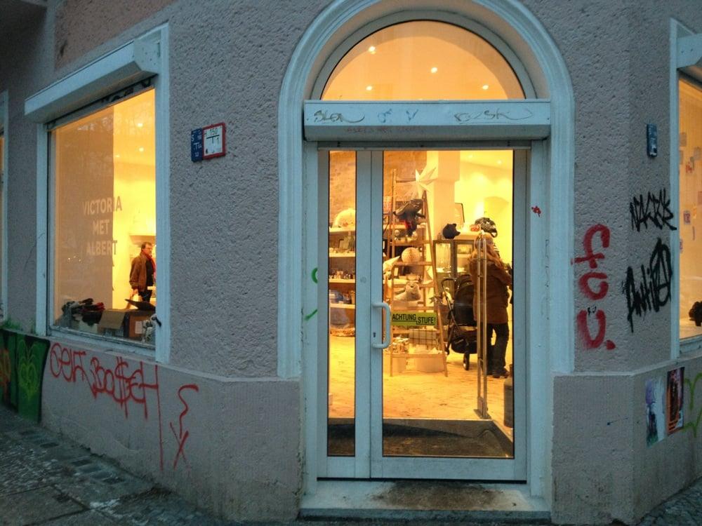victoria met albert herrenmode krossener str 9 10 friedrichshain berlin yelp. Black Bedroom Furniture Sets. Home Design Ideas