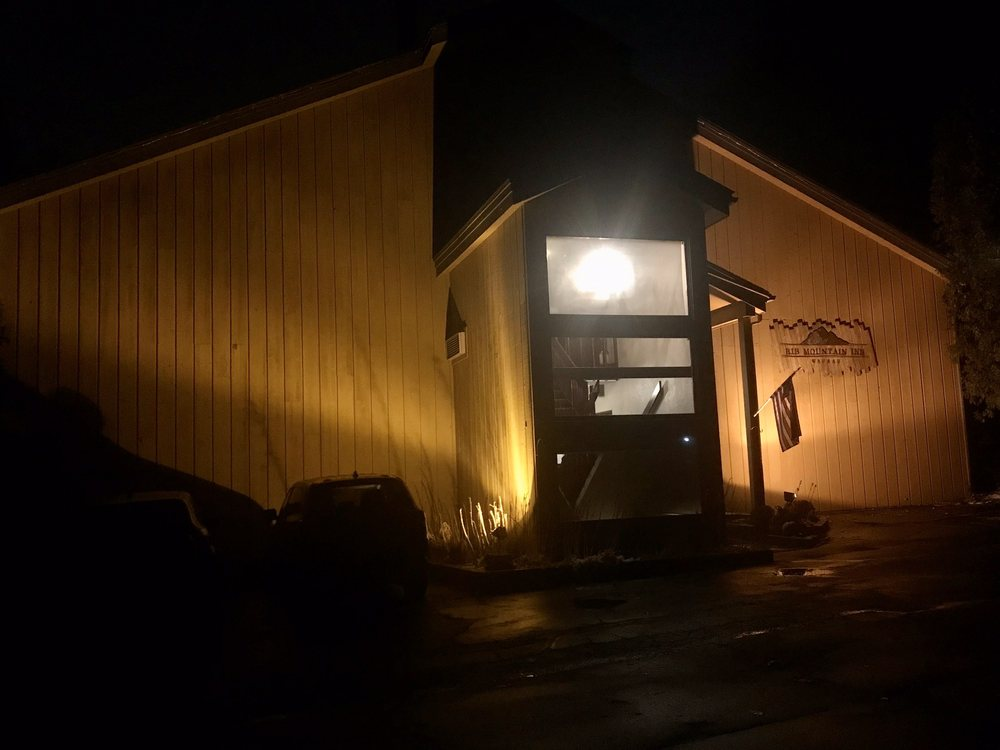 Rib Mountain Inn: 2900 Rib Mountain Way, Wausau, WI