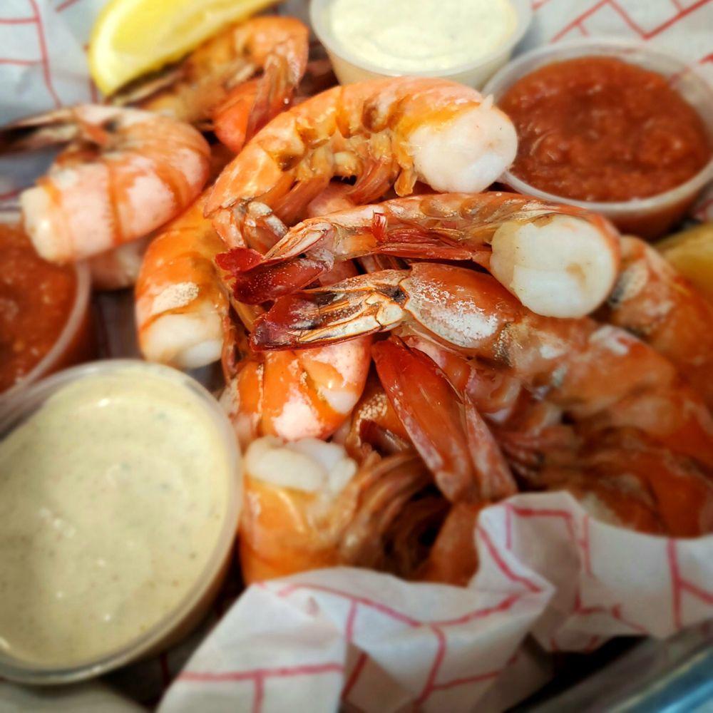 Harvey Cedars Shellfish: 7904 Long Beach Blvd, Harvey Cedars, NJ