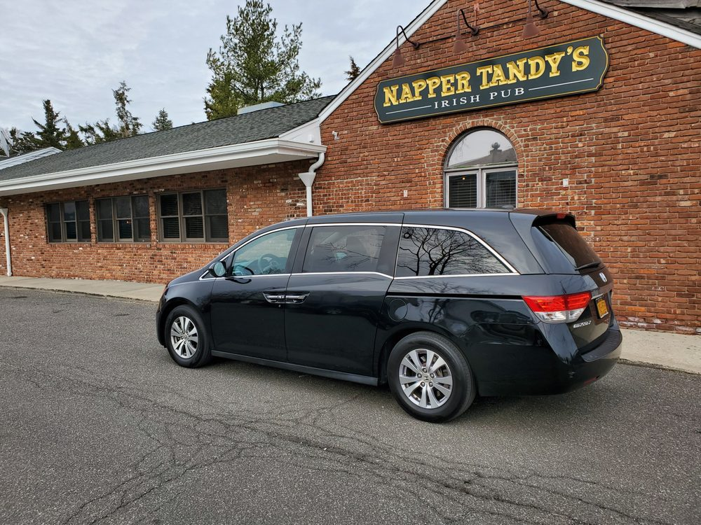 East Northport Taxi and Airport Service: 29 Laurel Rd, East Northport, NY