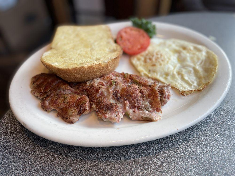 Main Street Restaurant: 1518 Miner St, Idaho Springs, CO