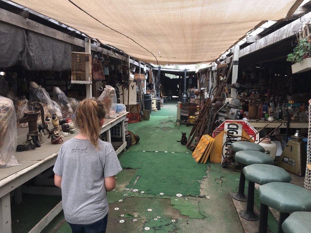 Don-Wes Flea Market
